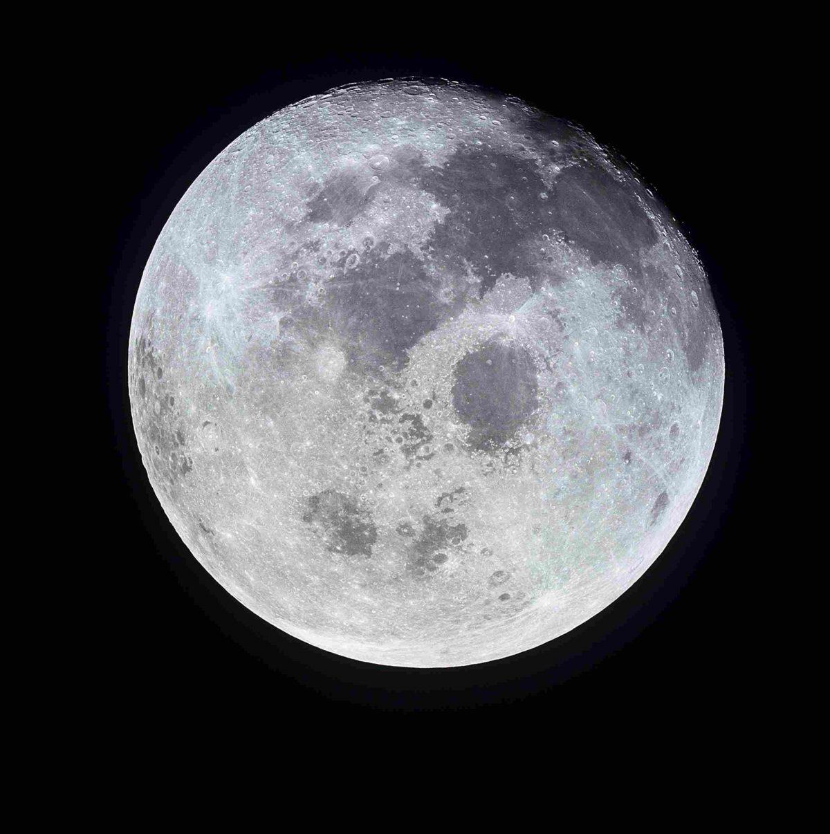 moon_09-1200x1206.jpg